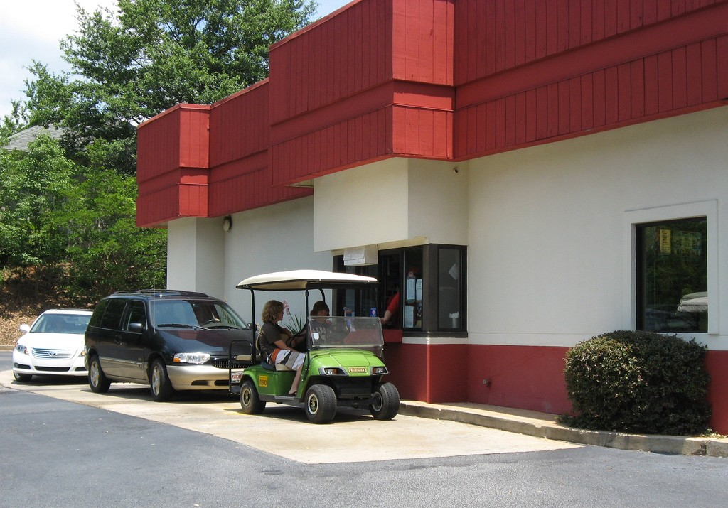 moving-peachtree-city-ga-drive-thru