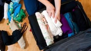 packing-clothes-rolled