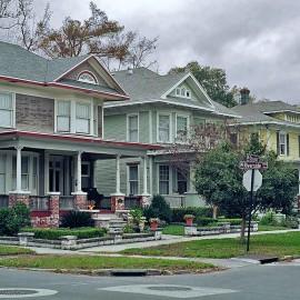 neighborhood-street-moving